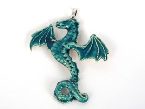 Dragon pendant by Cathelijne Filippo